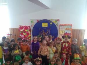 """""""Festivalul toamnei"""", la Grădiniţa Colegiului Naţional """"Mihai Eminescu"""""""
