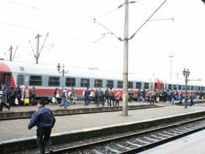 Pasagerii din trenul Regio 5602 Suceava-Iaşi, controlaţi ieri după-amiază de la plecarea din Gara Burdujeni