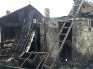 Incendiul de pe strada Mitocelului a pus probleme deosebite