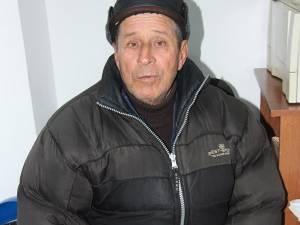"""Mihai Tucaliuc: """"Deodată m-a lovit într-un stil barbar, peste faţă. Mi-au sărit ochelarii şi am căzut pe jos"""""""