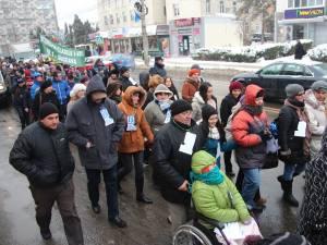 """Marşul """"Pledoarie pentru demnitate"""", pe străzile Sucevei"""