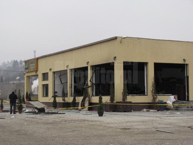 Clădirea a fost distrusă de deflagraţie pe interior