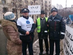 Reprezentanţi ai SNAP Suceava la protestul de la Bucureşti