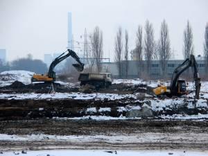 Lucrările de construire a noului magazin Dedeman au început în plină iarnă