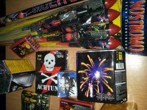 Rachete şi petarde în valoare de aproape 6.000 de lei, confiscate