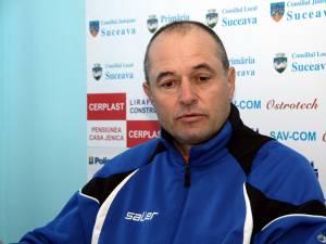 Profesorul Ioan Radu este mulţumit de parcursul înregistrat de echipa sa în prima parte a campionatului