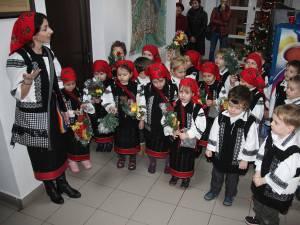 Redacţia Monitorul de Suceava a primit vineri primii colindători