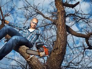 """Cine este mai inteligent: bărbatul sau femeia? Un top al """"deceselor din prostie"""" oferă un posibil răspuns. Foto: Shutterstock.com"""