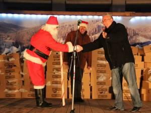 Primăria Suceava a pus la dispoziţia lui Moş Crăciun 5000 de cadouri pentru a le împărţi copiilor
