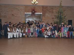 50 de copii cu dizabilităţi din Câmpulung Moldovenesc au primit daruri de la Moş Crăciun