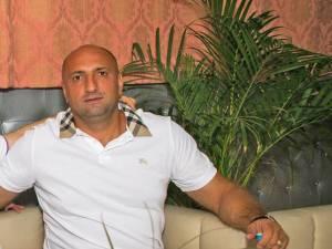 Capul grupării, Daniel Ştefan Blanaru, va sta după gratii 4 ani în loc de 7 ani, la cât fusese condamnat iniţial- Sursa Facebook
