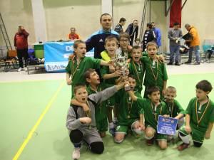Copiii născuţi în anul 2006 de la Juniorul Suceava au încheiat fericiţi competiţia