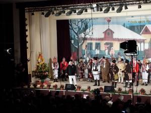 Grupuri folclorice la festivaluri din ţară