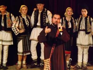 """Preotul paroh Mihai Cobziuc, de la Biserica """"Sf. Ilie"""" - Dărmăneşti II,  invitat special la Festivalul """"Florile dalbe"""" de la Cernăuţi"""
