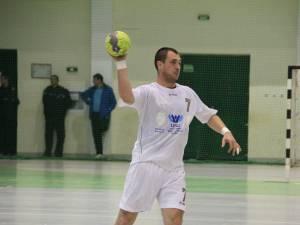 Fostul căpitan al Universității Suceava, Adrian Chiruț a evoluat pentru naționala României în meciurile test cu Portugalia