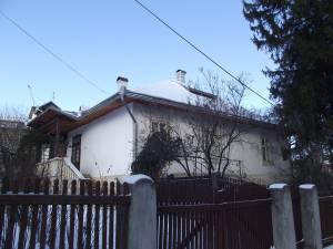 Casa din sec. al XVIII-lea, care a aparţinut familiei armene Kapri, adăposteşte singurul muzeu memorial din Suceava
