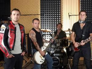 Direcţia 5, una dintre trupele de referinţă ale muzicii pop-rock din România