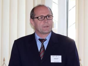 Gheorghe Aldea solicită şi reintegrarea sa în funcţia pe care a avut-o până pe 27 noiembrie 2014
