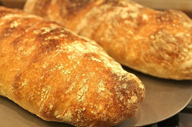 De ce este pâinea atât de importantă pentru mulţi oameni? Foto: jurnaluldenordvest.ro