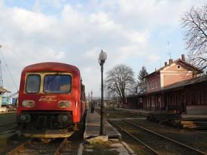 Subvenţiile încasate de reprezentanţii firmei Regiotrans Braşov, inclusiv pentru traseul pe care-l deservesc în judeţul Suceava, între Dolhasca şi Fălticeni, se pare că au fost primite cu încălcarea legii