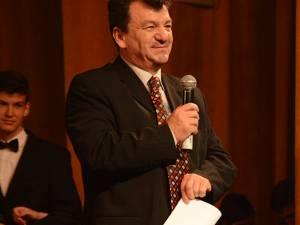 """Prof. Virginel Iordache: """"Nu candidez împotriva domnului Lazăr, însă consider că trebuie să existe concurenţă"""""""
