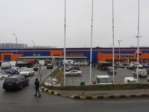 Retailerul de bricolaj Dedeman, deţinut de familia Pavăl, vrea să înregistreze la OSIM numele acesteia