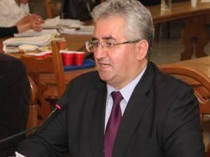 """Ion Lungu: """"Salariul mic poate fi una dintre cauzele care expun primarii la corupție"""""""