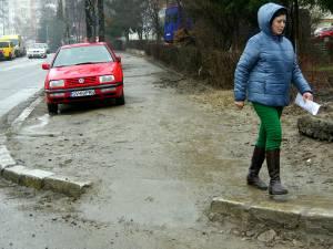 Strada Mărăşeşti, plină de nămol