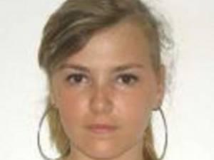 Poliţia caută o tânără de 23 de ani dispărută de acasă