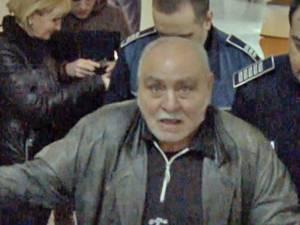 Gheorghe Lazăr este acuzat de tentativă de omor, după ce a sechestrat-o pe femeie şi a maltratat-o