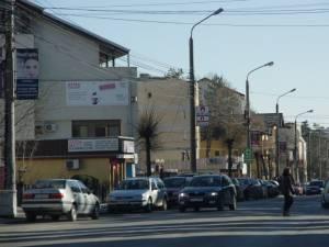 Modernizarea străzii Universității, complicată din cauza proprietăților până în trotuar