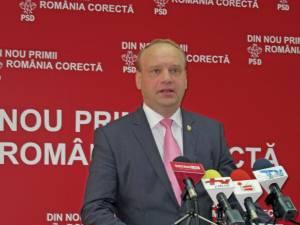 """Ovidiu Donţu: """"Adoptarea acestui amendament reprezintă o mare victorie, pentru că în acest fel a fost eliminată discriminarea dintre învăţământul preuniversitar de stat şi cel particular"""""""