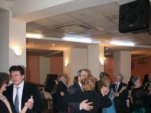 Petrecerea, una aşteptată an de an de membrii Asociaţiei Pensionarilor CFR Suceava şi nu numai