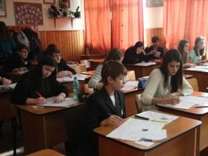 12 elevi suceveni s-au calificat la faza naţională a Olimpiadei de limbi romanice