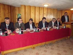 Reprezentanţii tuturor părţilor implicate în gestionarea aurului verde al judeţului au fost prezenţi la Adunarea Generală a Asociaţiei Forestierilor