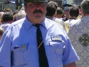 Agentul Constantin Parasca, poliţistul agresat