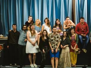 """Trupa de teatru Fabulinus va participa la Festivalul Naţional """"Serile Teatrului Studenţesc"""". Foto: Gicu Boboc"""