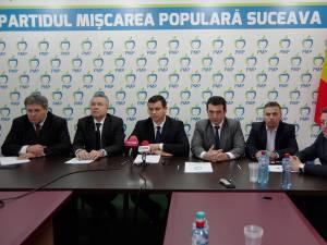 Delegaţia PMP care a fost la comemorarea masacrului de la Fântâna Albă