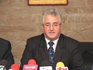 """Ion Lungu: """"În sfârşit am semnat proiectul pentru modernizarea iluminatului public în municipiul Suceava, pe fonduri elveţiene"""""""