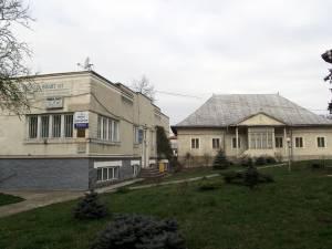 Clădirea orfelinatului şi Şcoala armeană din Suceava