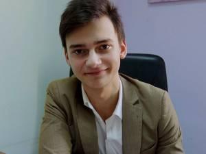 """Lucian Bicsi, de la Colegiul Naţional """"Ştefan cel Mare"""" Suceava"""