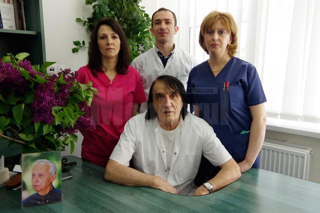 Dr. Nicolae Dobromir, dr. Alexei Filip, asistentele Ioana Bumu şi Alina Ungureanu