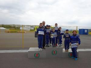 Premii pentru elevii suceveni de la Palatul copiilor la Concursul național de educație rutieră și karting