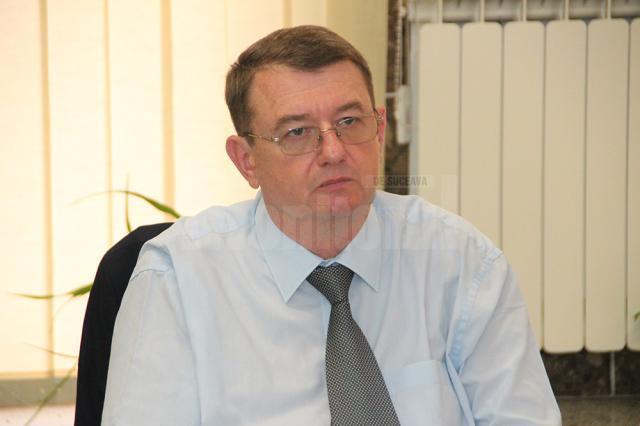 """Ovidiu Dumitrescu: """"Se lucrează la realizarea unor soluţii tehnice care să asigure furnizarea de apă caldă non-stop la toate punctele termice"""""""