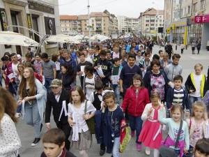 Marş nonviolenţă, împotriva drogurilor, tutunului şi de prevenire a accidentelor rutiere