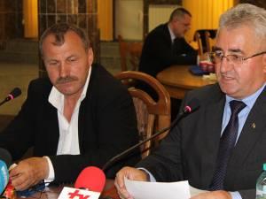 """""""Putem participa la licitaţie cu ambele societăţi ale Consiliului Local"""" - a spus primarul Ion Lungu, după discuţiile cu conducerea ANRSC, la Bucureşti"""