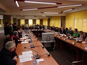 Consiliul Local Suceava, convocat într-o şedinţă de îndată, a aprobat planul de disponibilizare de la Termica