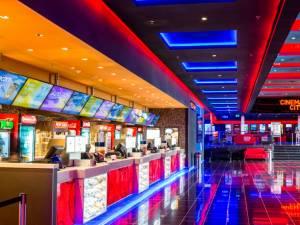 Din toamna acestui an, în Iulius Mall, sucevenii se vor bucura de experienţa oferită de Cinema City