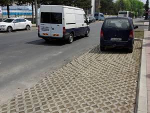 Parcări cu gazon pe străzile recent modernizate din Suceava