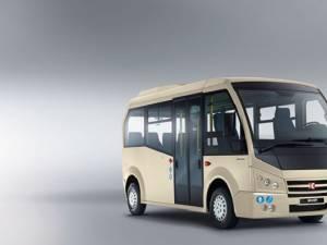 Parcul auto al TPL Suceava se înnoieşte cu cinci microbuze Karsan Jest